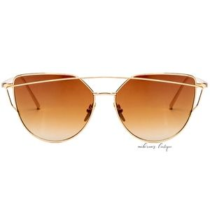 Accessories - Sassy Ombre Oversized Cat-eye Sunglasses